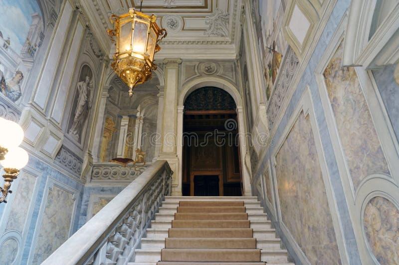 Det Aman Canal Grande hotellet som lokaliseras i Palazzoen Papadopoli i Venedig arkivfoton