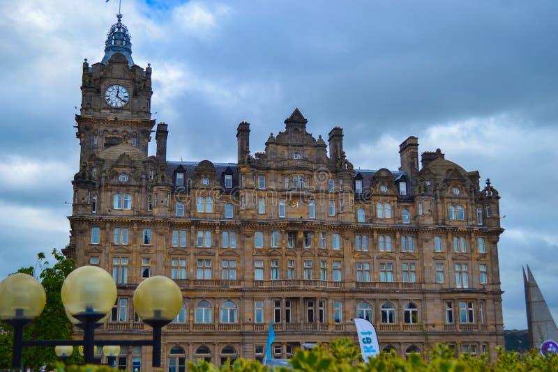 Det Balmoral hotellet RF i prinsgatan, Edinburg, Skottland arkivbild
