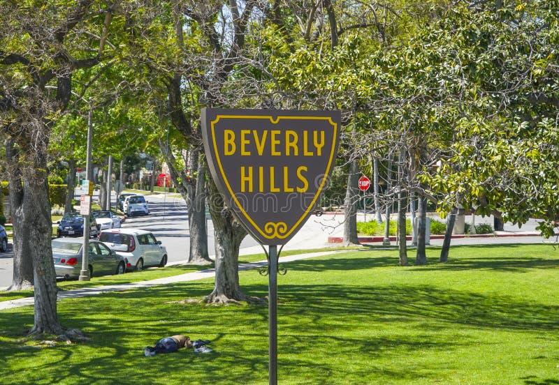 Det berömda Beverly Hills tecknet på Santa Monica Blvd - LOS ANGELES - KALIFORNIEN - APRIL 20, 2017 arkivbild