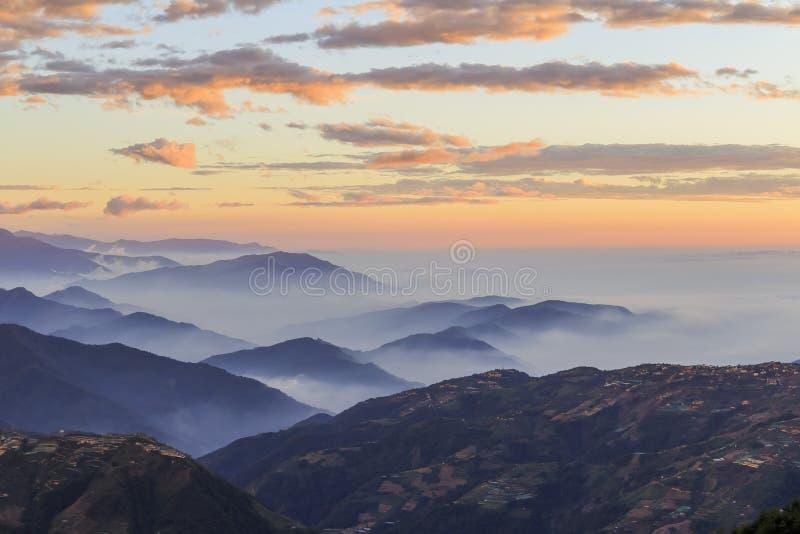 Det berömda Hehuan berget av Taiwan arkivfoto