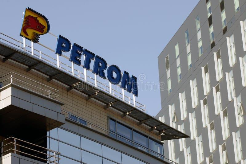 det bucharest företaget headquarters oljepetrom royaltyfri fotografi