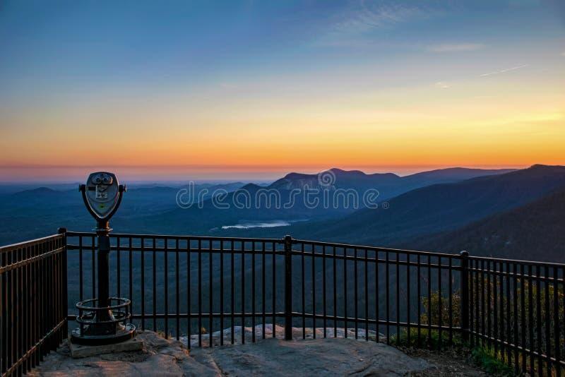 Det Caesars huvudet förbiser på solnedgången nära Greenville South Carolina S royaltyfri fotografi