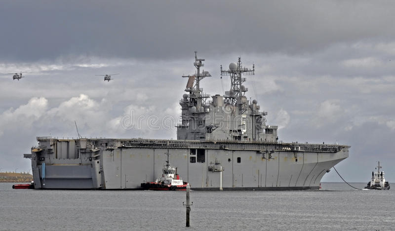 (Det decommissioned) USSet Peleliu, royaltyfria foton
