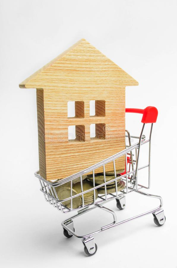 Det egenskapsinvesteringen och huset intecknar finansiellt begrepp köpa, hyra och sälja lägenheter för delshus för gods försäljni royaltyfri fotografi