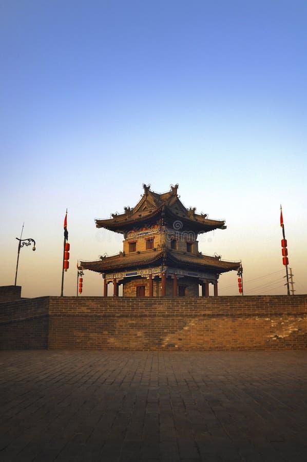 Det forntida tornet royaltyfria bilder