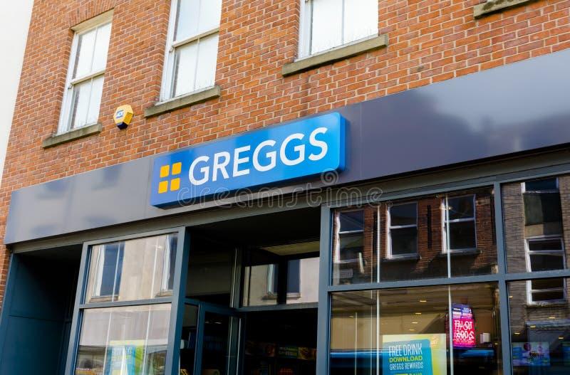 Det Greggs bagerit, Doncaster, England, Förenade kungariket, shoppar yttersida royaltyfri fotografi