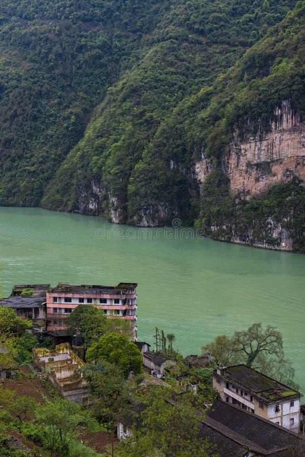 Det härliga landskapet av den Wu floden royaltyfria foton