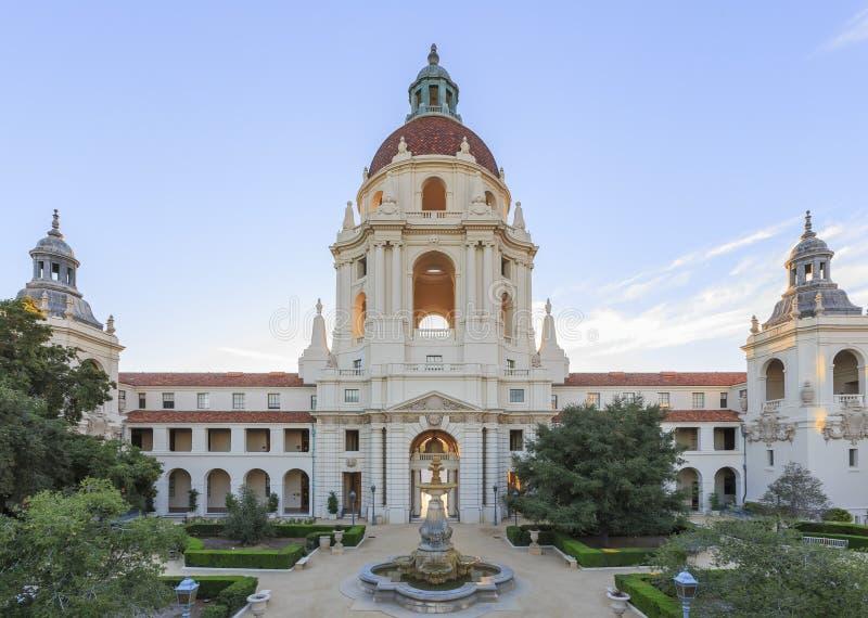 Det härliga Pasadena stadshuset nära Los Angeles, Kalifornien royaltyfria foton