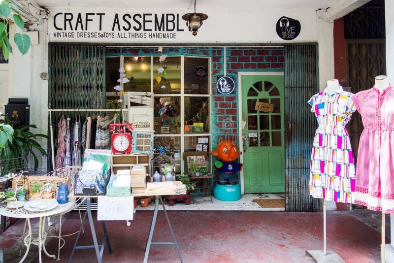 Det handgjorda hantverket shoppar royaltyfri bild