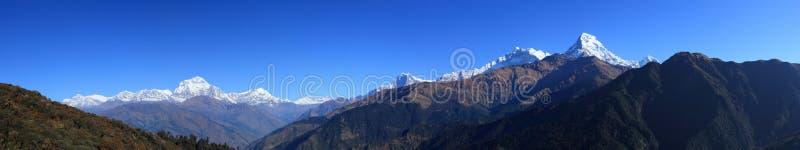 Det Himalaya bergområdet arkivbild