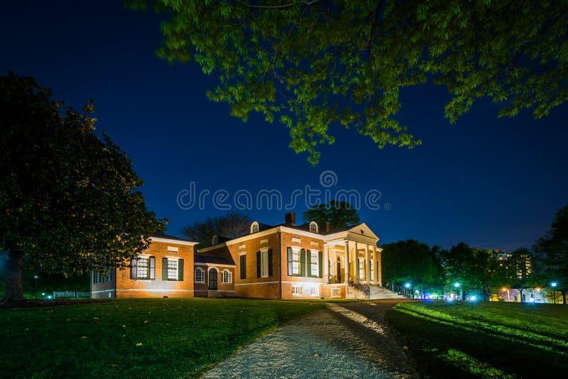 Det Homewood museet på natten, på det Johns Hopkins universitetet, i lodisar fotografering för bildbyråer