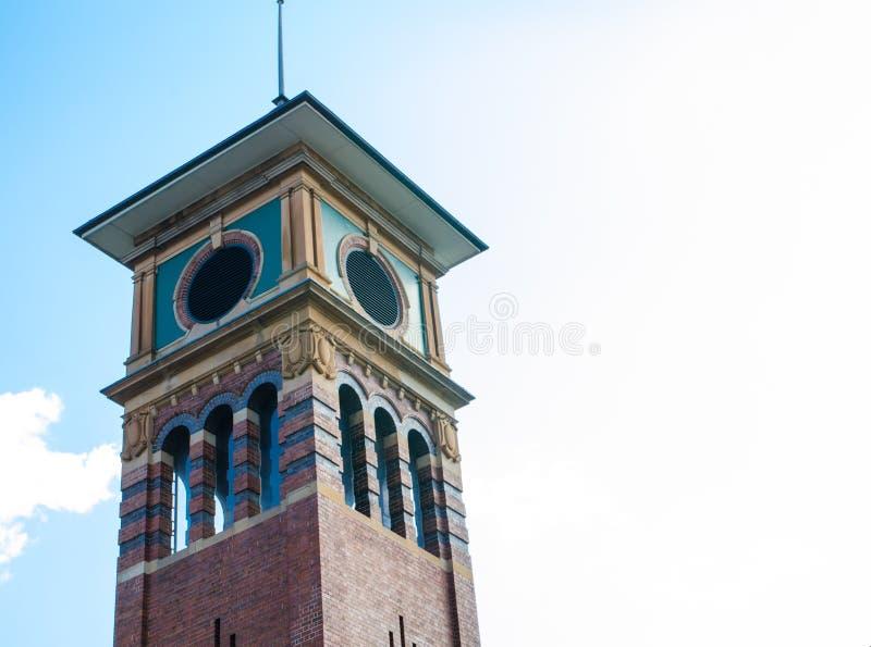 Det Iconic fyrkantiga tornet lokaliseras i Haymarket, kineskvarteret, Sydney, Australien arkivbild