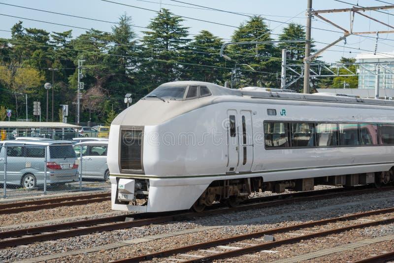 Det inskränkta uttryckliga drevet Kusatsu på den Katsuta stationen royaltyfri foto