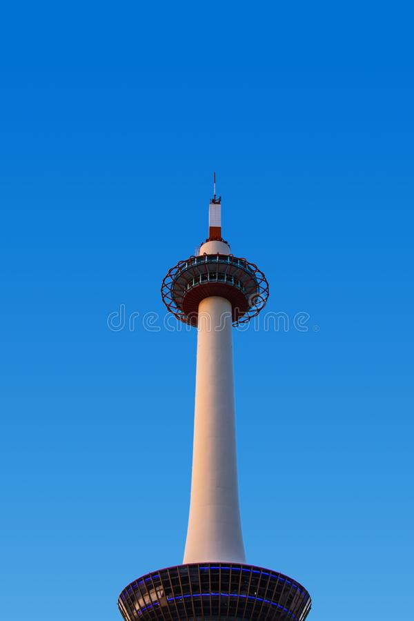 Det Kyoto tornet är den mest högväxta stålstrukturen och en viktig turist a fotografering för bildbyråer