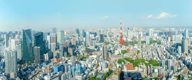 Det mest härliga synvinkelTokyo tornet i den tokyo staden, Japan arkivfoto