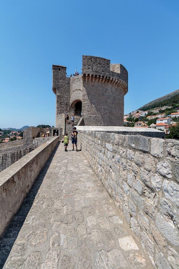 Det Minceta tornet i Dubrovnik royaltyfria bilder