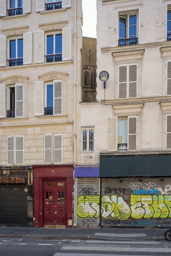 Det minsta huset av Paris arkivbild