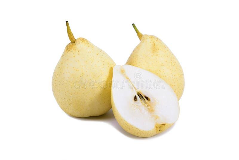 Det Nashi päronet skivade isolerat på vit bakgrund isolerad pear Isolerad päronfrukt Pear på vit bakgrund isolerad pearyellow fotografering för bildbyråer