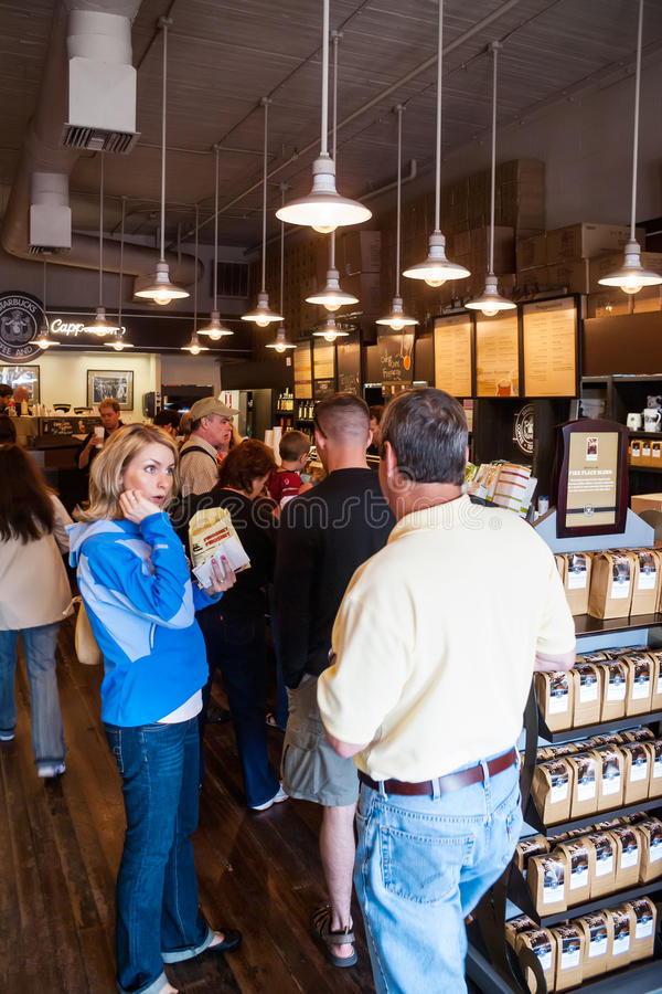 Det original- Starbucks lagret i Seattle royaltyfria foton