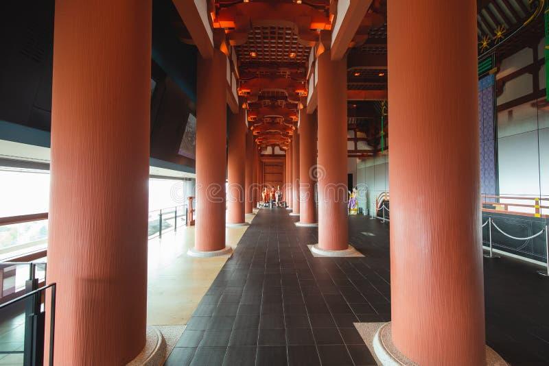 Det Osaka historiemuseet i osaka Japan, m?nga personer kommer h?r dagligt fotografering för bildbyråer