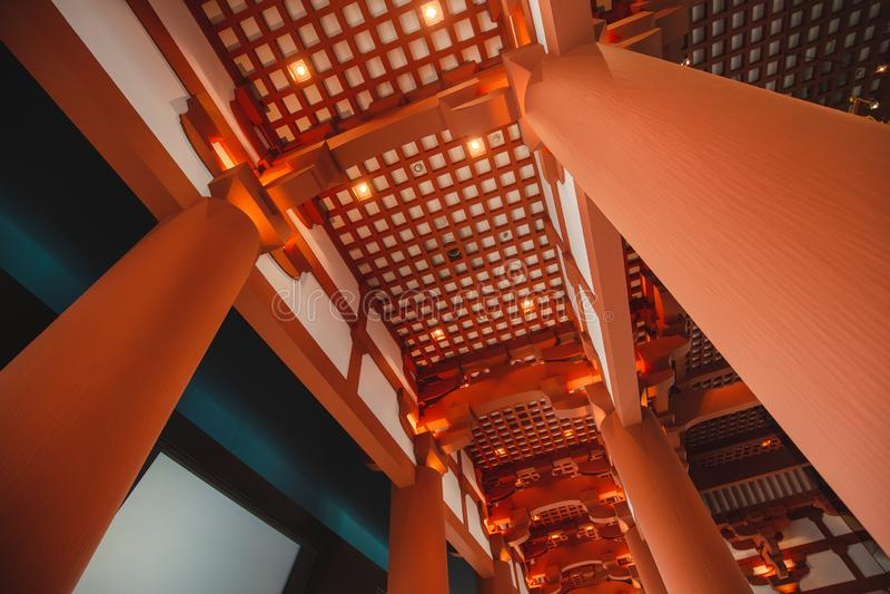 Det Osaka historiemuseet i osaka Japan, m?nga personer kommer h?r dagligt royaltyfria foton