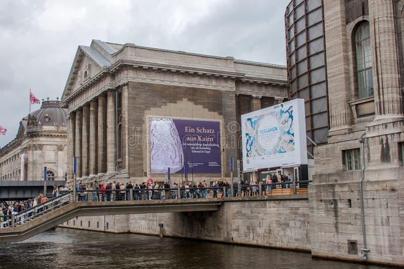 Det Pergamon museet - Berlin royaltyfri foto