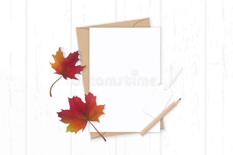 Det plana lekmanna- för sammansättningsbokstaven för den bästa sikten eleganta vita för kraft kuvertet papper ritar den höstlönnl royaltyfri illustrationer