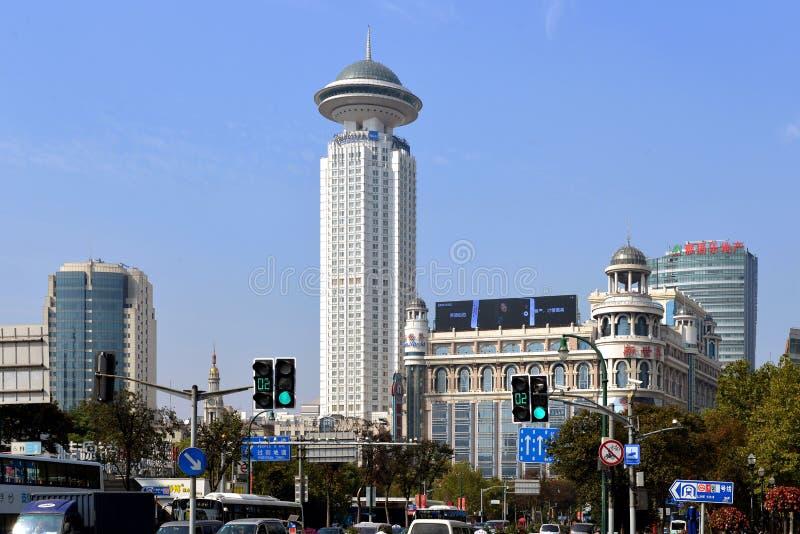 Det Radisson hotellet i folks fyrkant i Shanghai arkivbild