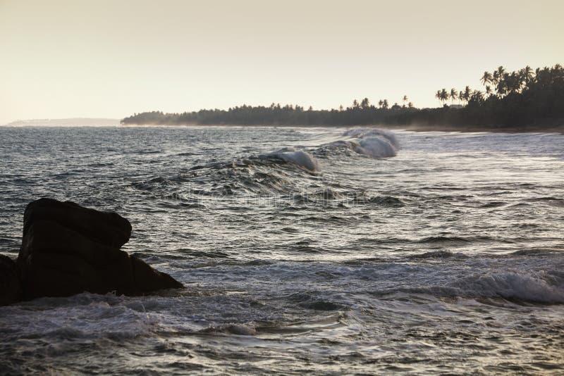 Det rasa havet arkivfoton