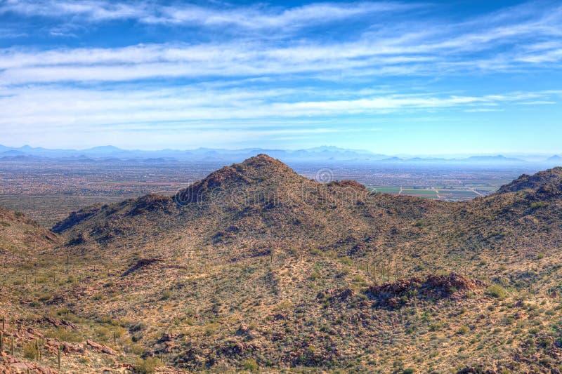 Det regionala AZ-Waddell-vit behållareberget parkerar royaltyfria foton