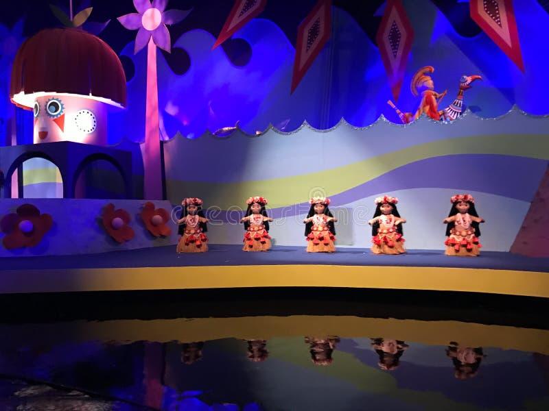 Det ` s en liten världsritt, Walt Disney World, Florida royaltyfria bilder