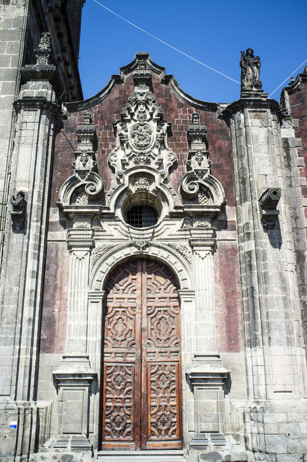 Det Sagrario kapellet av den storstads- domkyrkan i Mexico - stad fotografering för bildbyråer
