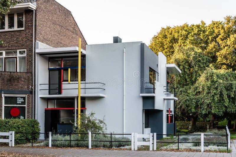Det Schroder huset av Gerrit Rietveld i Utrecht, Nederländerna royaltyfria foton