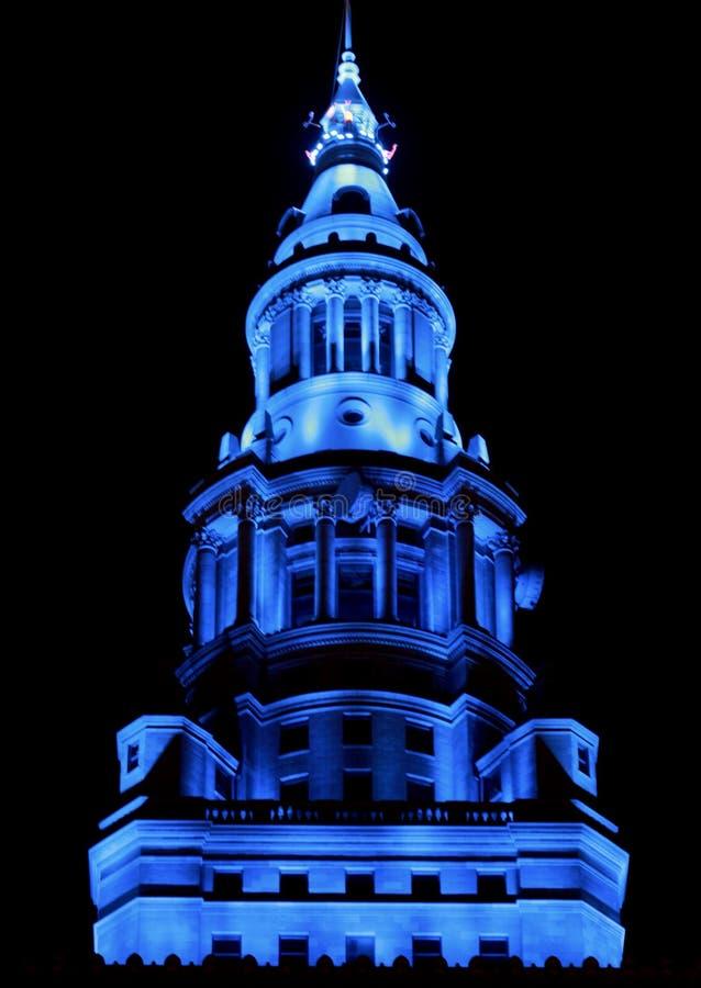 Det slutliga tornet i blått ljus arkivbild