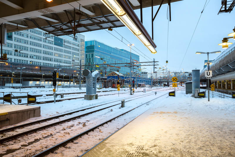 Det Stockholm centraldrevet posterar plattformen fotografering för bildbyråer