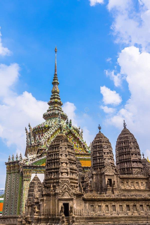 Det storslagna slottkomplexet i Bangkok royaltyfria bilder