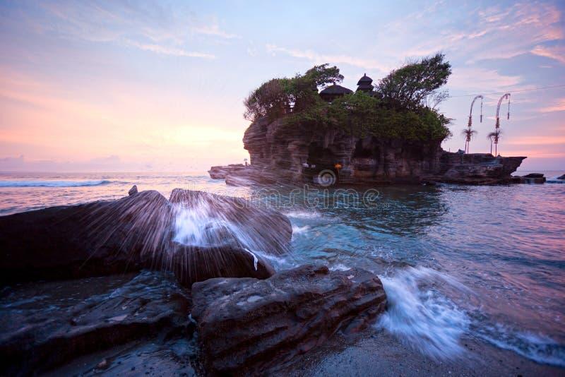 Det Tanah mycket tempelet, Bali, Indonesien. royaltyfri foto