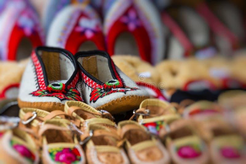 Det traditionella polska läderberget startar för barn som kallas ` K royaltyfri foto