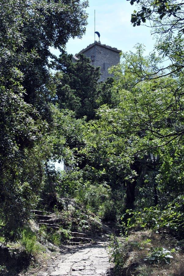 Det tredje sanmarinska tornet, Montale royaltyfri fotografi