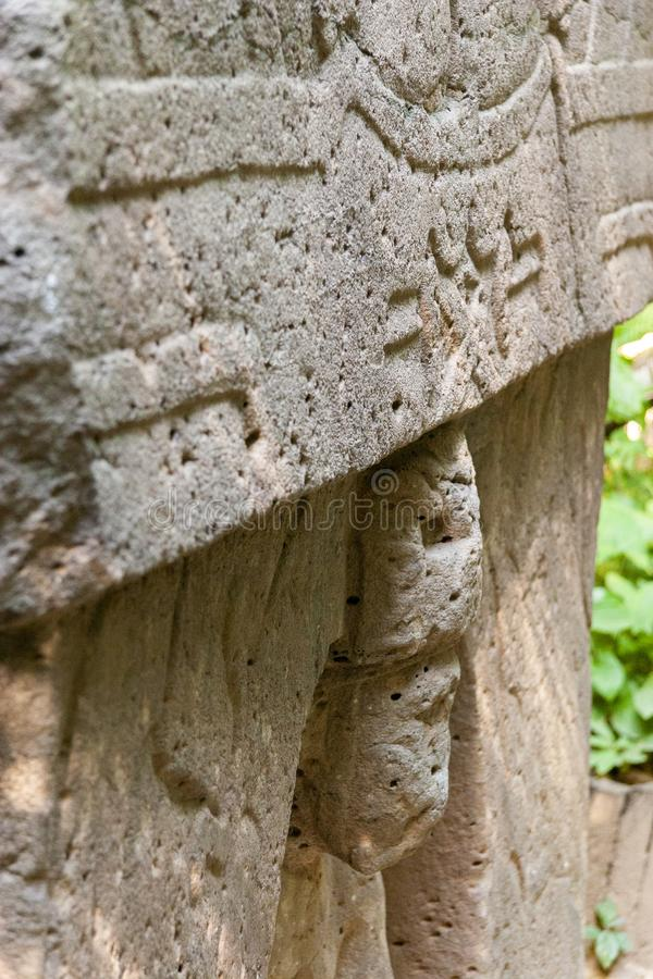 Det triumf- altaret Olmec, Olmec det arkeologiska museet, La Venta parkerar Villahermosa tabasco, Mexico arkivbilder