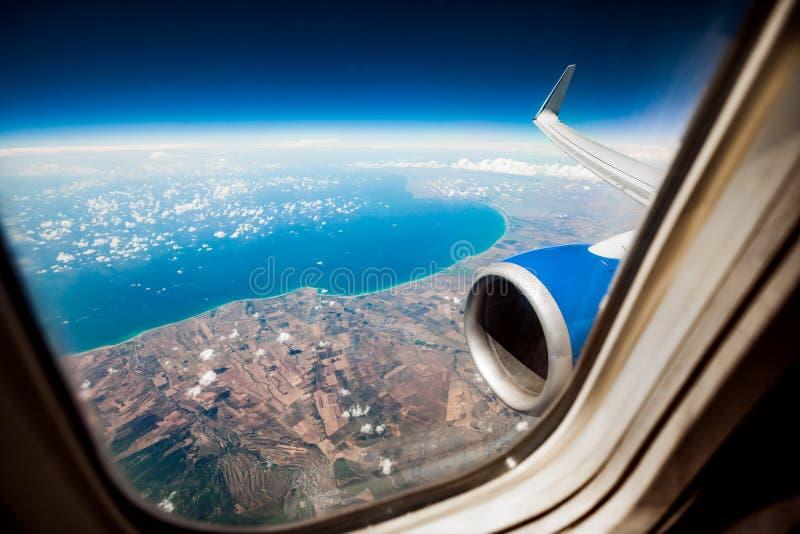 det varaa flygplan har bilden borttagna siktsfönstret royaltyfria bilder