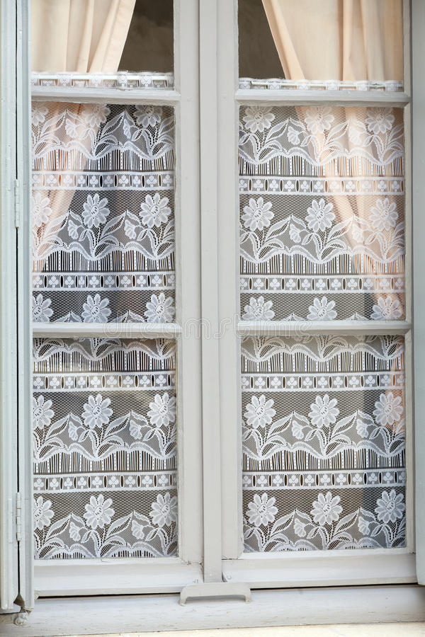 Det vita fönstret arkivbild
