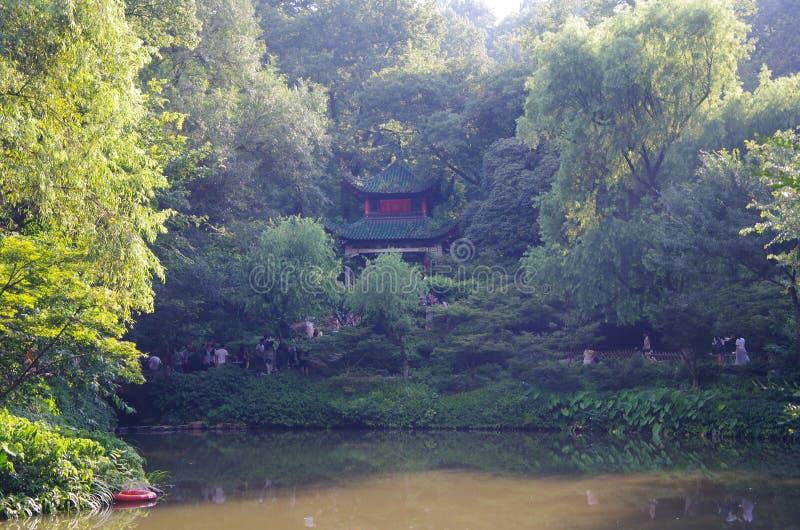 Det Yuelu berget, changsha, hunan älskar aftonpaviljongen royaltyfri fotografi