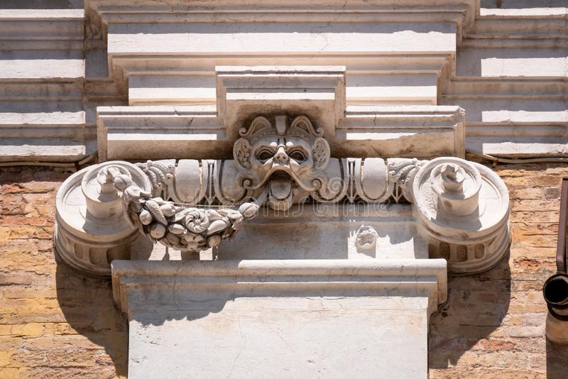 Detail am Basilika della Santa Casa in Italien Marken stockfotografie