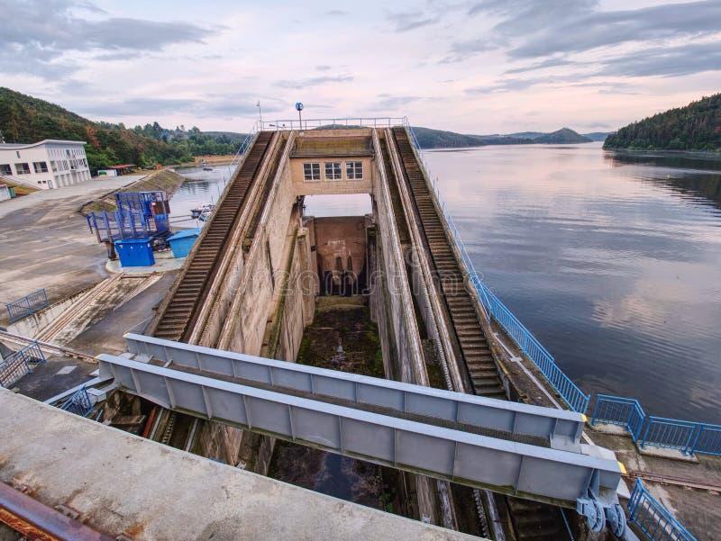 Detail concrete delen van Orlik-de dambouw, Tsjechische republiek royalty-vrije stock afbeeldingen