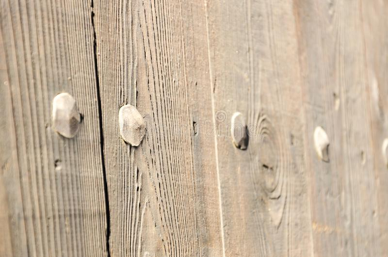 Detail der alten Holztür stockbilder