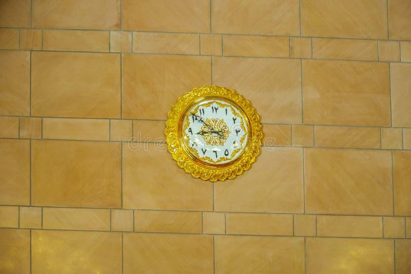 Detail der architektonischen Gestaltung der großartigen Moschee Muscats - 1 stockfotografie