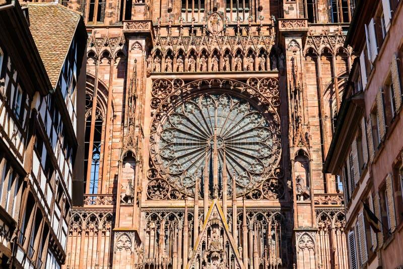 Detail der berühmten Straßburg-Kathedrale, Straßburg, Frankreich lizenzfreie stockfotos