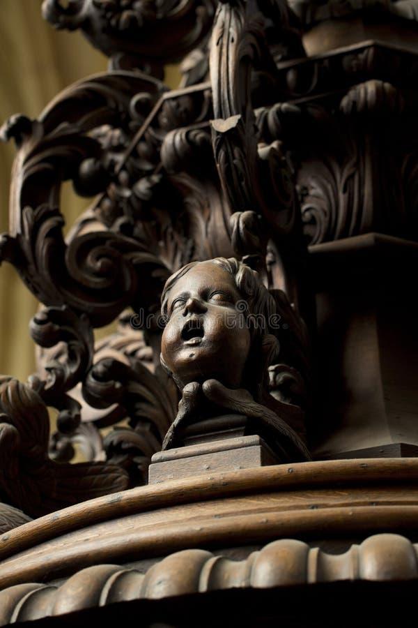 Detail der geschnitzten Taufe-Guss-Abdeckung im Südgang von Beverley Minster Parish Church, Beverely, Ostreiten von Yorkshire, Gr stockbild