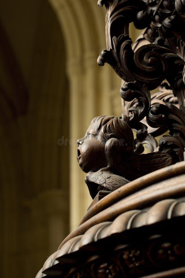 Detail der geschnitzten Taufe-Guss-Abdeckung im S?dgang von Beverley Minster Parish Church, Beverely, Ostreiten von Yorkshire, Gr lizenzfreie stockfotos